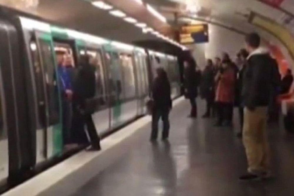 Επίδειξη ρατσισμού από οπαδούς της Τσέλσι στο Παρίσι (video)