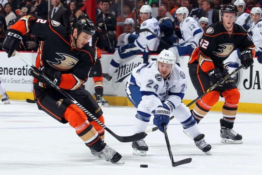 NHL: Άρχοντες στο Άναχαϊμ οι Λάιτνινγκ (videos)