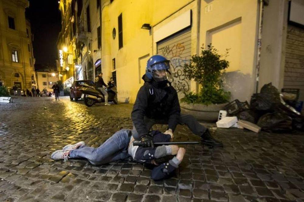 Πολεμική νύχτα στη Ρώμη (videos+photos)