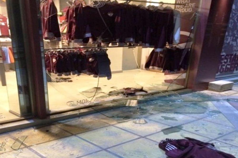 Λάρισα: Επίθεση στη μπουτίκ τα ξημερώματα (photos)