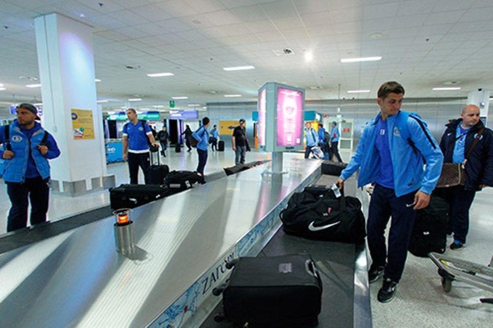 Ντνίπρο: Έφτασε στην Αθήνα (photos)