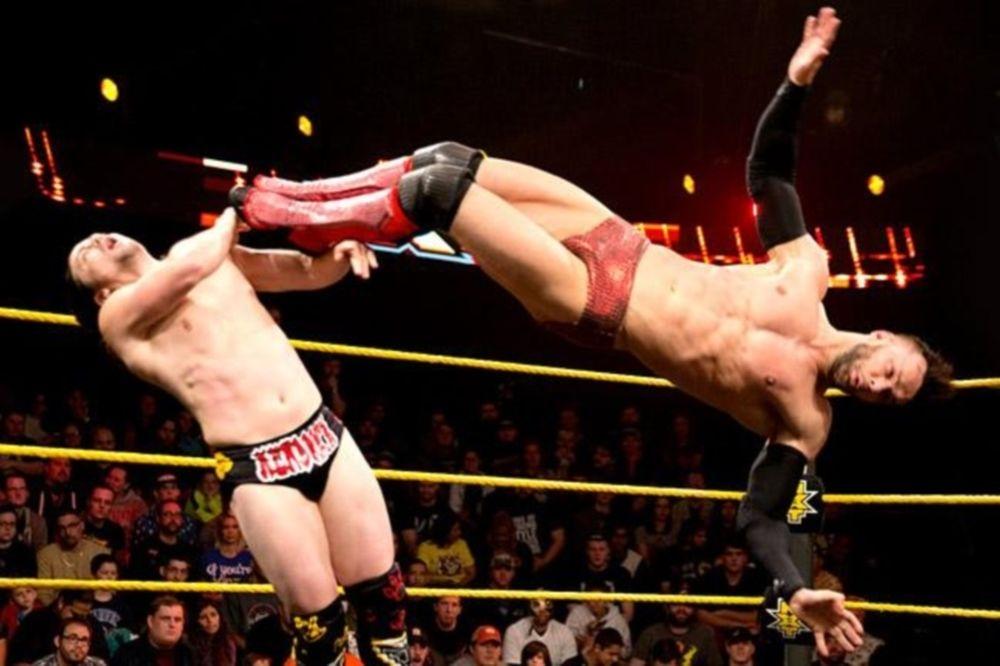 NXT: Επέστρεψε ο THE Brian Kendrick (photos+videos)