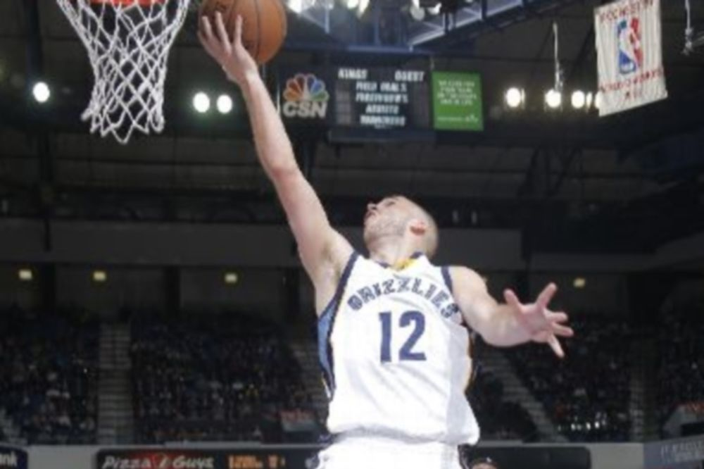 NBA: Χαμηλά ο Αντετοκούνμπο, ψηλά ο Καλάθης