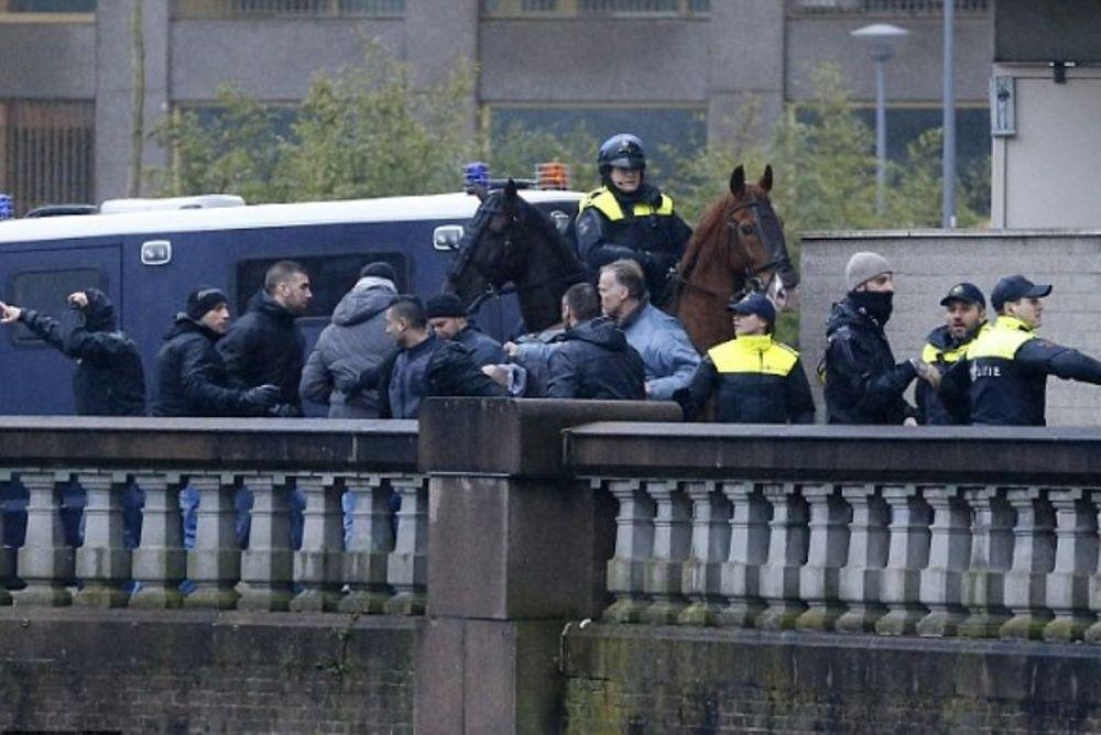 42 συλλήψεις χούλιγκαν στο Ρότερνταμ (video+photos)