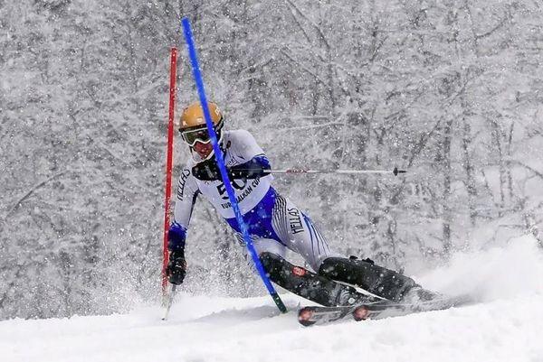 Χιονοδρομία: Πρωτιές ο Μπόνου στα 3-5 Πηγάδια