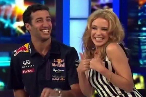 Ρεντ Μπουλ: Του… έφεξε του Ρικιάρντο με θαυμάστρια την... Κάιλι Μινόγκ! (video)