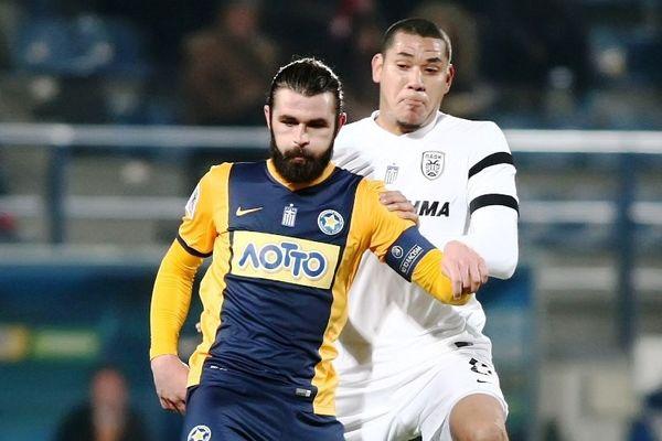 Ζησόπουλος: «Το ποδόσφαιρο είναι χαρά, όχι εκτόνωση»