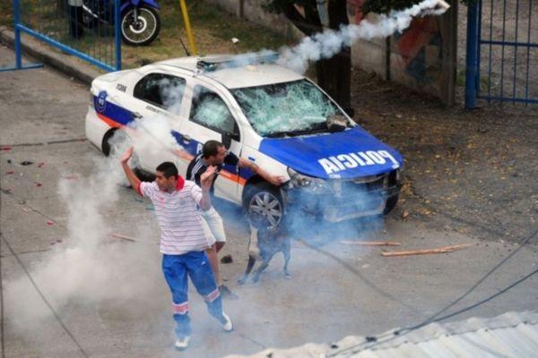 Αργεντινή: Πυροβολισμοί έξω από το γήπεδο της Άρσεναλ (videos)