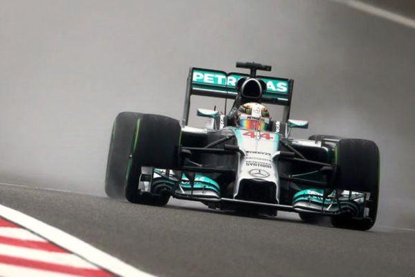 Formula 1: Πρώτος ο Χάμιλτον στα ελεύθερα δοκιμαστικά