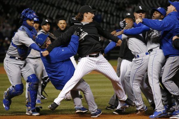 MLB: Επεισόδια και νίκη για τους Ρόαγιαλς του Μουστάκα (videos)
