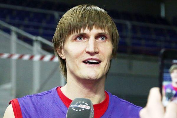Σταμάτησε το μπάσκετ ο Κιριλένκο