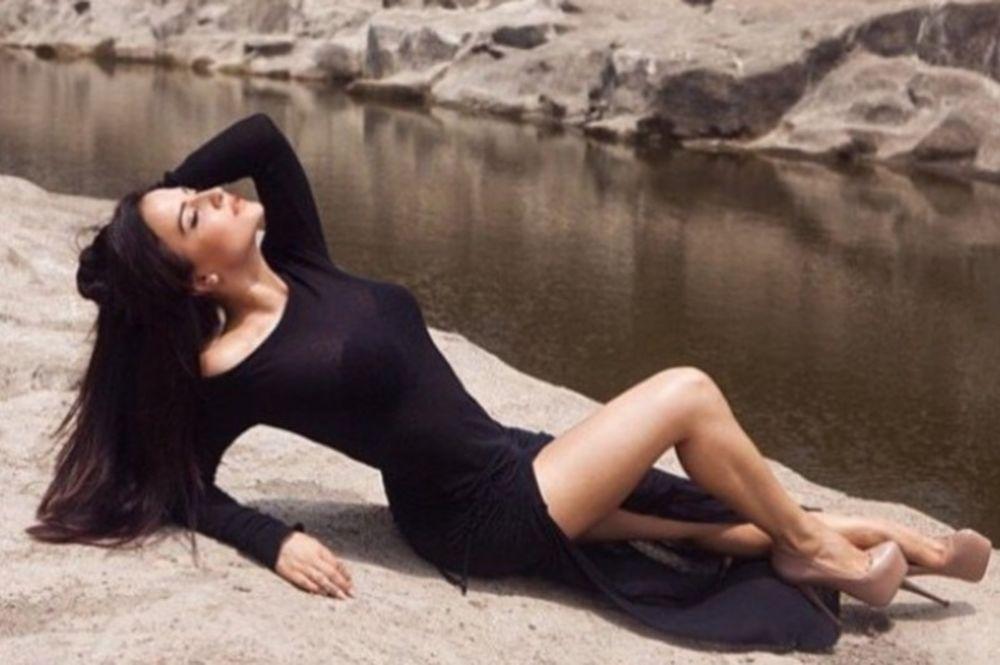 Έλλη Άβραμ: Μια Ελληνίδα στο Bollywood! (photos)