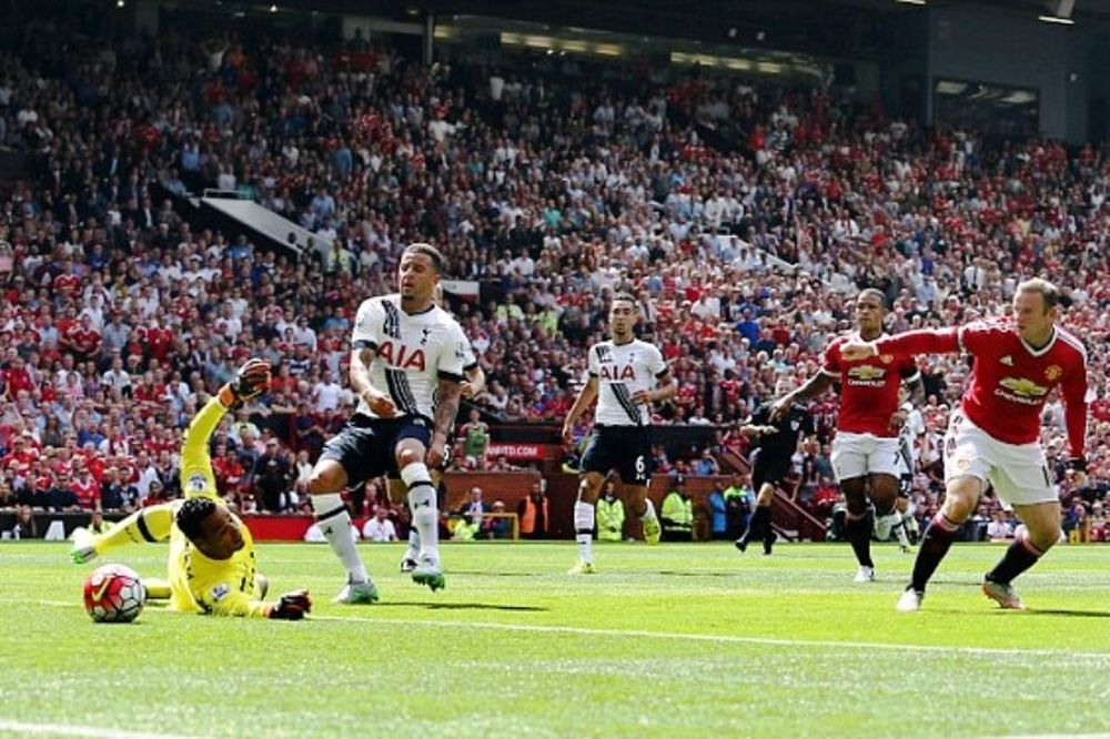 Το πρώτο γκολ της φετινής Premier League (video)