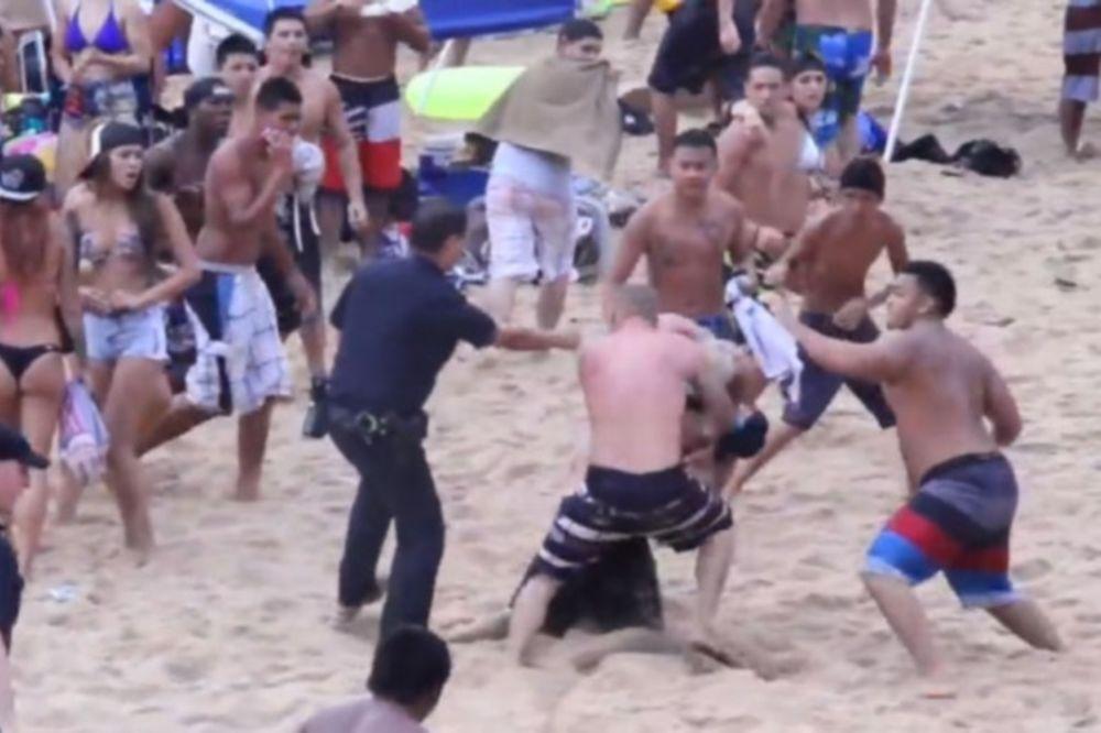 ΑΠΙΣΤΕΥΤΟ ξύλο σε παραλία στο Ισραήλ! (video)