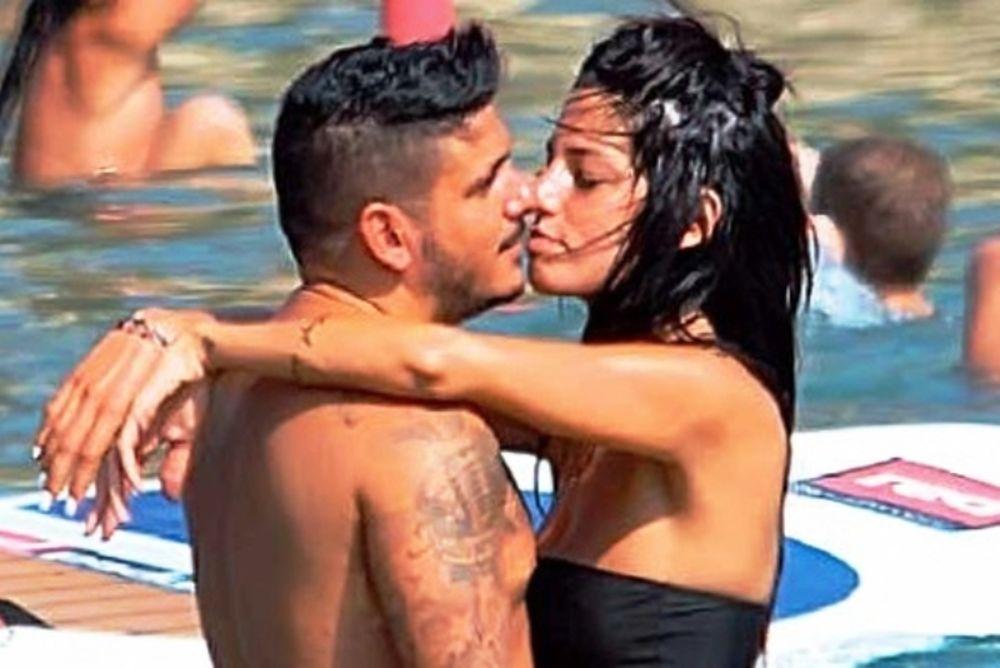 Stan: «Καυτά» φιλιά στη παραλία με τη σύντροφο του