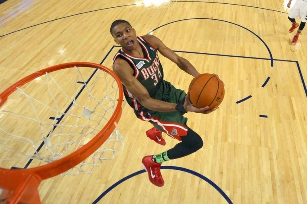 NBA: Τα... γαλανόλευκα highlights! (video)