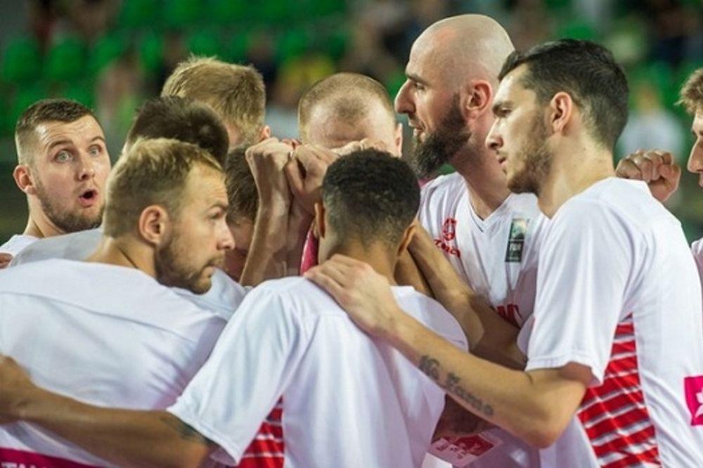 «Φίνις» με νίκη για την Πολωνία