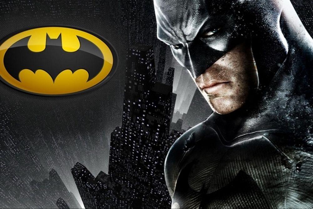 Δεν θα πιστεύετε ποιος είναι η φωνή του Batman στα Ελληνικά
