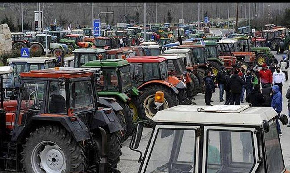 Μπλόκα αγροτών: 12ωρος αποκλεισμός Τεμπών και Προμαχώνα - Ποιοι δρόμοι είναι κλειστοί