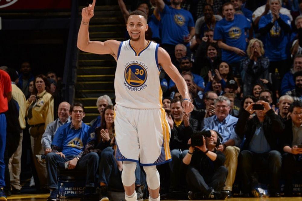 NBA: Εξωγήινος Curry! (videos)