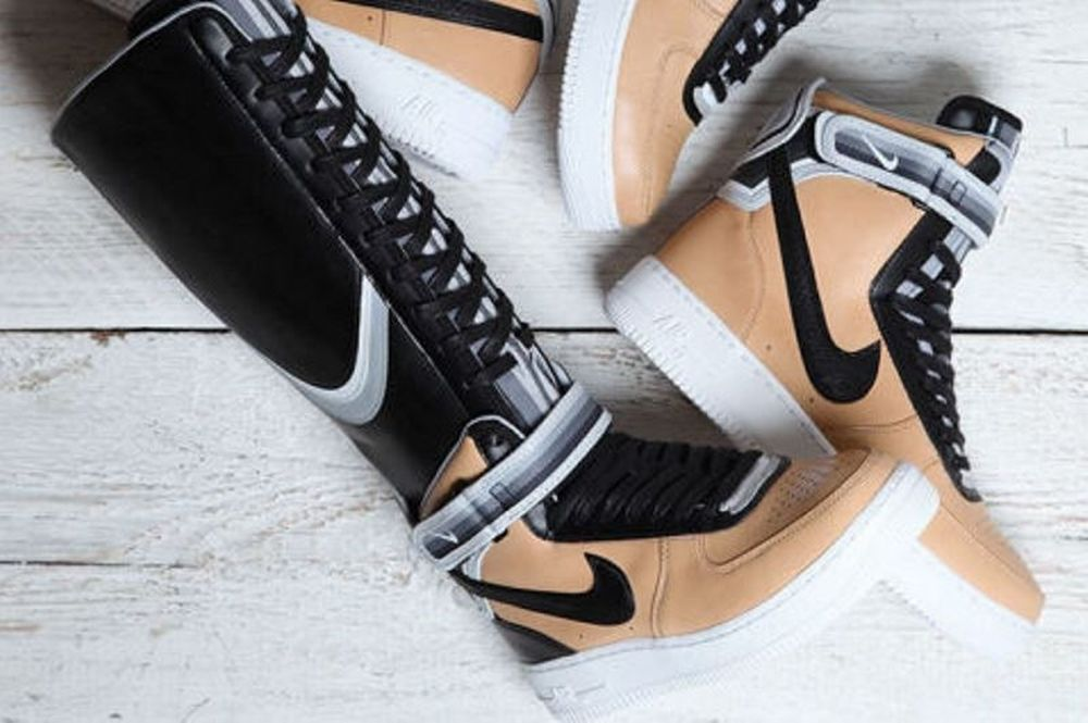 Sneaker News: Η Nike συνεργάζεται με γνωστό σχεδιαστή και δημιουργεί το it-shoe της χρονιάς