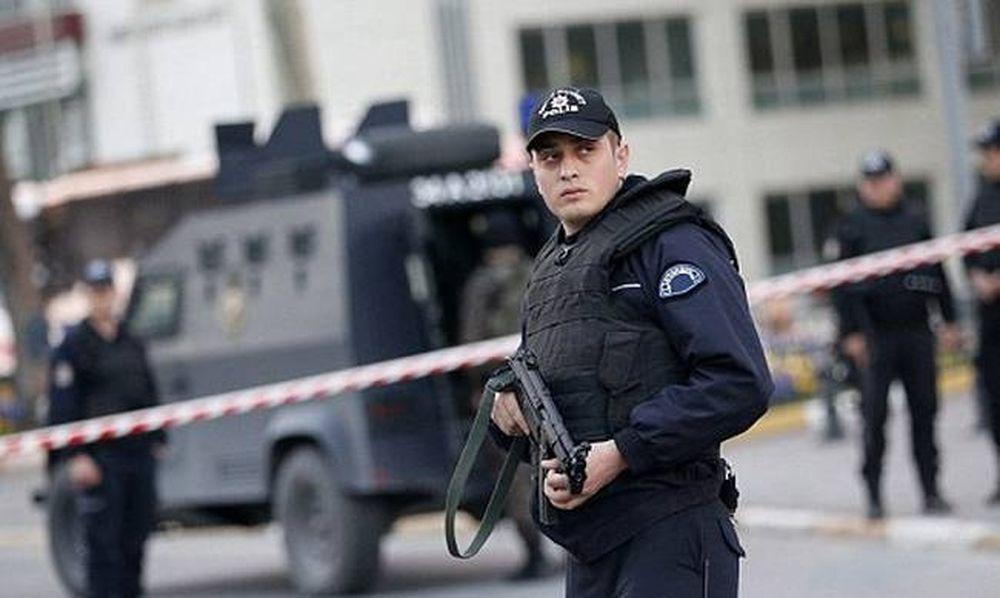 Τουρκία: Επίθεση με ρουκέτα σε στρατώνα της αστυνομίας στη Σμύρνη