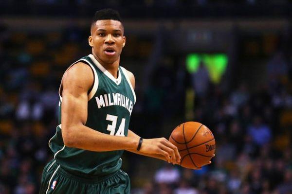 NBA: Γιάνναρος μεν… ήττα για τους Bucks δε (videos)