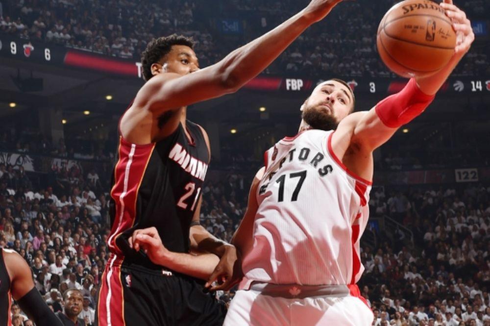 NBA: «Ζωντανοί» οι Raptors (video)
