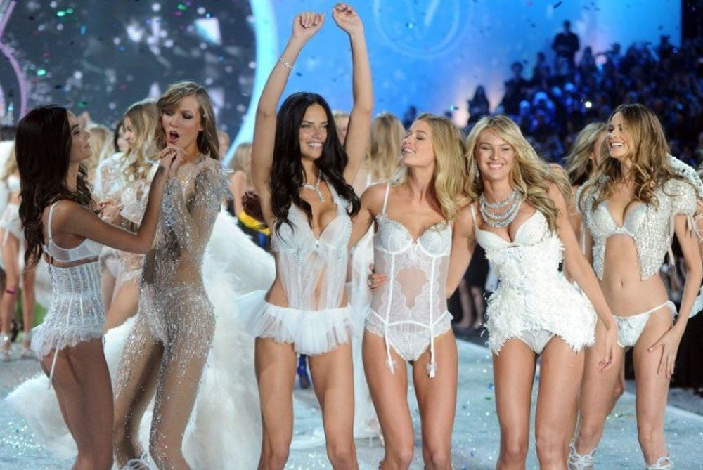 Victoria's Secret: Τα πιο καυτά «αγγελάκια» όλων των εποχών! (photos)