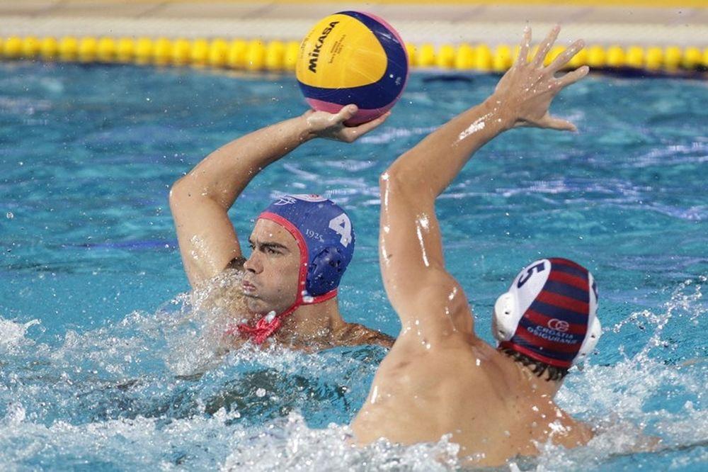 Διώχνει παίκτες ο Ολυμπιακός στο πόλο