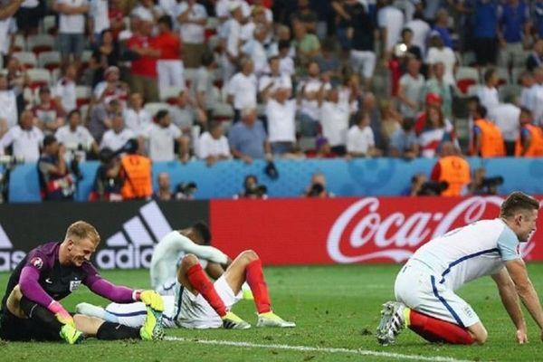 Euro 2016: Άγριο κράξιμο από τον αγγλικό Τύπο – «Μη γυρίσετε στην Αγγλία!» (photo)