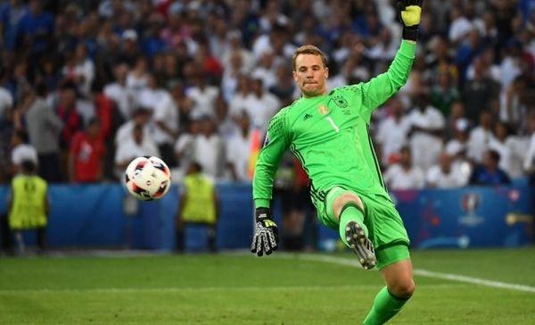 Euro 2016:Τεράστια επέμβαση από Νόιερ (video)