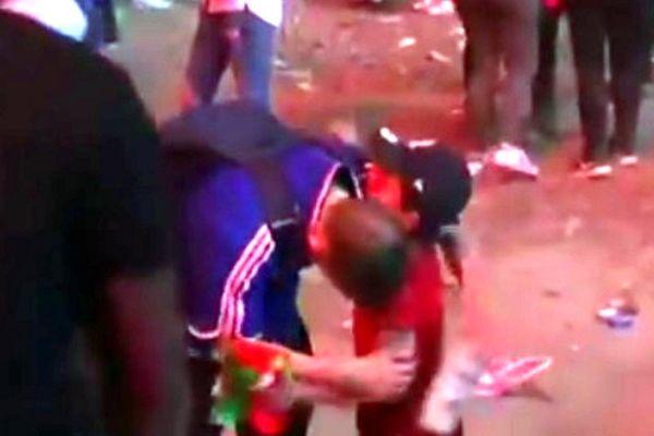 Euro 2016: Πιτσιρικάς Πορτογάλος, παρηγορεί Γάλλο οπαδό! (video)