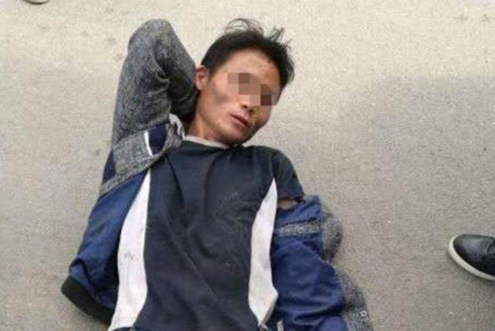 Φρίκη: Σκότωσε τους γονείς του και μετά άλλους… 17 για να καλύψει το έγκλημα!