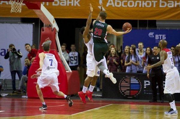 Πρώτη ήττα για ΤΣΣΚΑ στην VTB από την Λοκομοτίβ – Έπαιξε ο Βουγιούκας