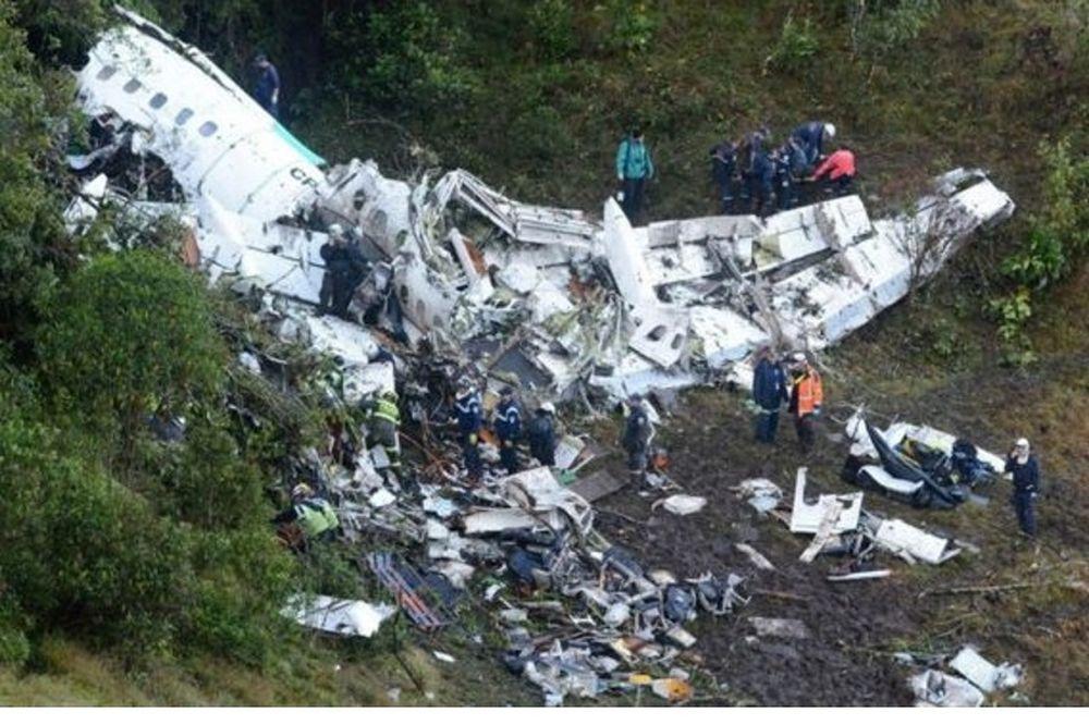 Σοκάρει ο Υπουργός Άμυνας της Βολιβίας: «Η συντριβή του αεροπλάνου ήταν δολοφονία»