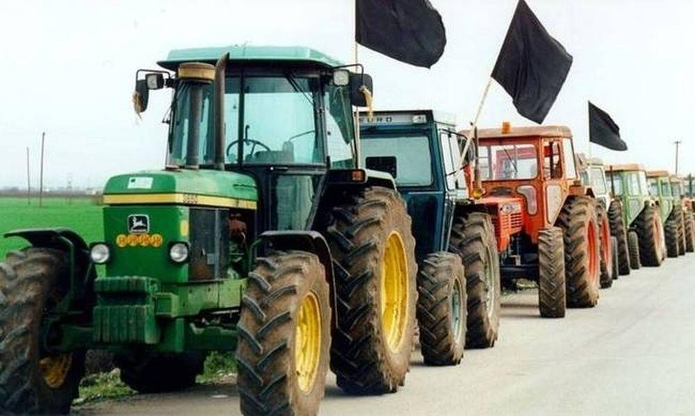 Οι αγρότες επιστρέφουν στα μπλόκα