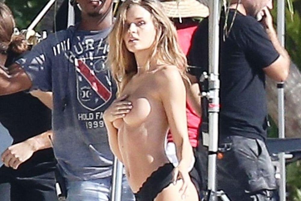 Κόλαση! «Αγγελάκι» εμφανίστηκε topless στην παραλία και έβαλε… φωτιά! (photos+video)