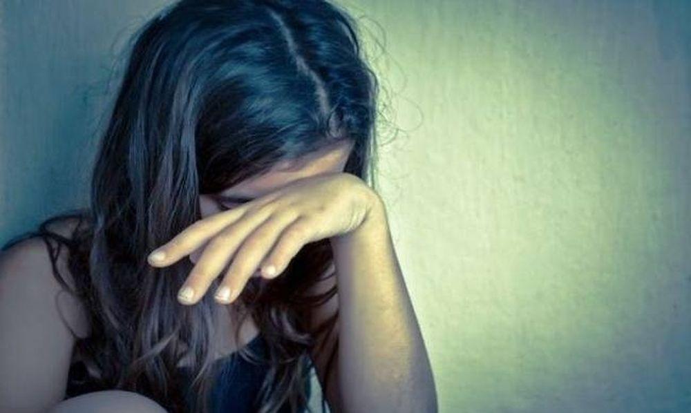 Σοκ στο Αγρίνιο: 72χρονος πιάστηκε επ΄ αυτοφώρω να ασελγεί σε 13χρονη έναντι αμοιβής