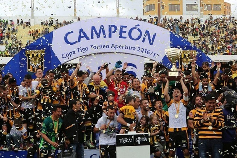Πήρε το πρωτάθλημα Βολιβίας η Δε Στρόνγκεστ!