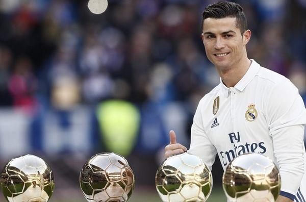Ο Ρονάλντο πήρε την «χρυσή» μπάλα πριν τον αγώνα με την Γρανάδα