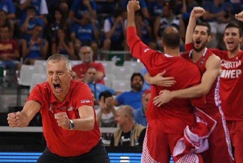 Συνεχίζει με Πέτροβιτς η Εθνική Κροατίας