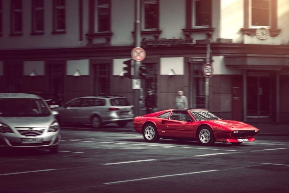 Η θρυλική Ferrari 308 GTS επιστρέφει!