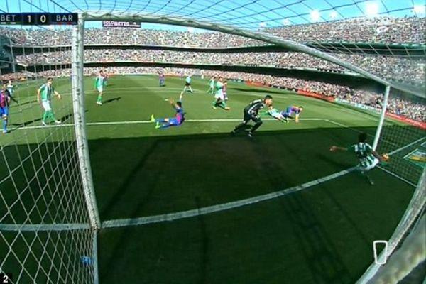 Επικό κράξιμο στη διαιτησία από «Sport» (photo)