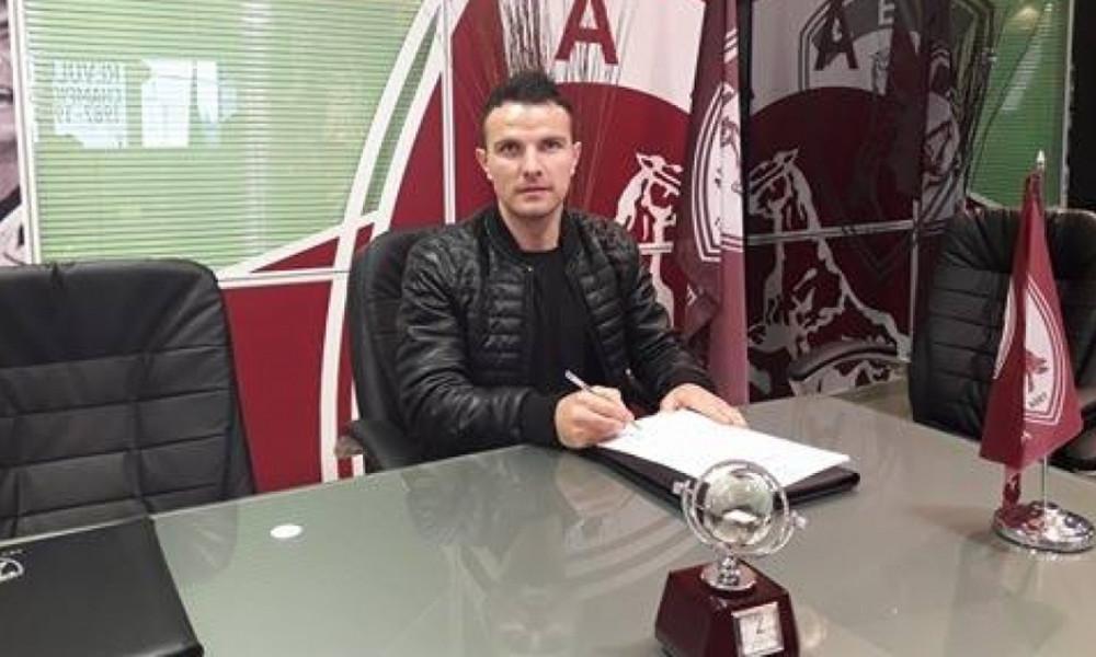 ΑΕΛ: Στα «βυσσινί» ο Αγκάνοβιτς