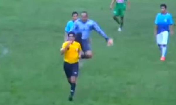Ποινή… χρόνων σε παίκτη που χτύπησε διαιτητή