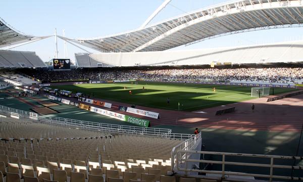 ΑΕΚ-Ολυμπιακός: Επεισόδια οπαδών της ΑΕΚ με την αστυνομία στο ΟΑΚΑ