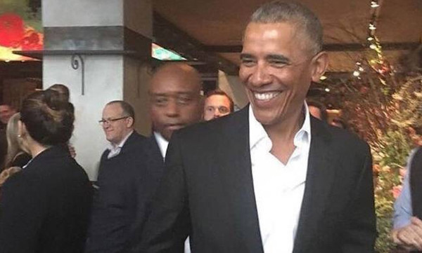 ΗΠΑ: Υποδοχή... σταρ στον Μπαράκ Ομπάμα στο Μανχάταν! (vid)