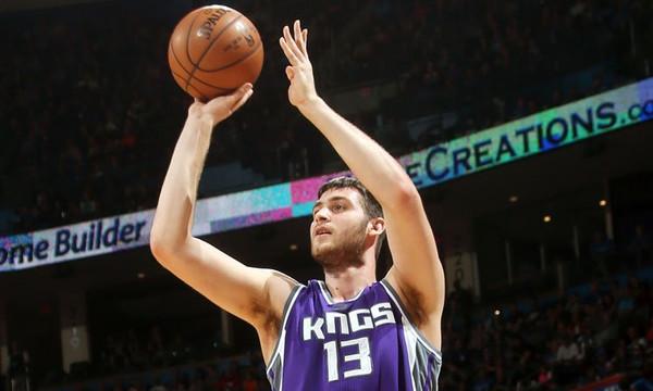 NBA: Όργια… Παπαγιάννη, βαριά ήττα για Giannis