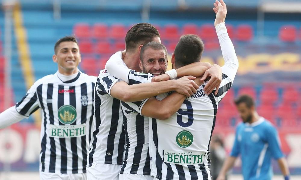 Πανσερραϊκός-Απόλλων Σμύρνης 1-2: Το «τρένο» σφυρίζει... Super League!